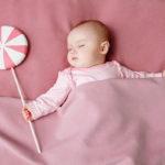 5 Cách giúp trẻ sơ sinh ngủ ngon và không bị giật mình