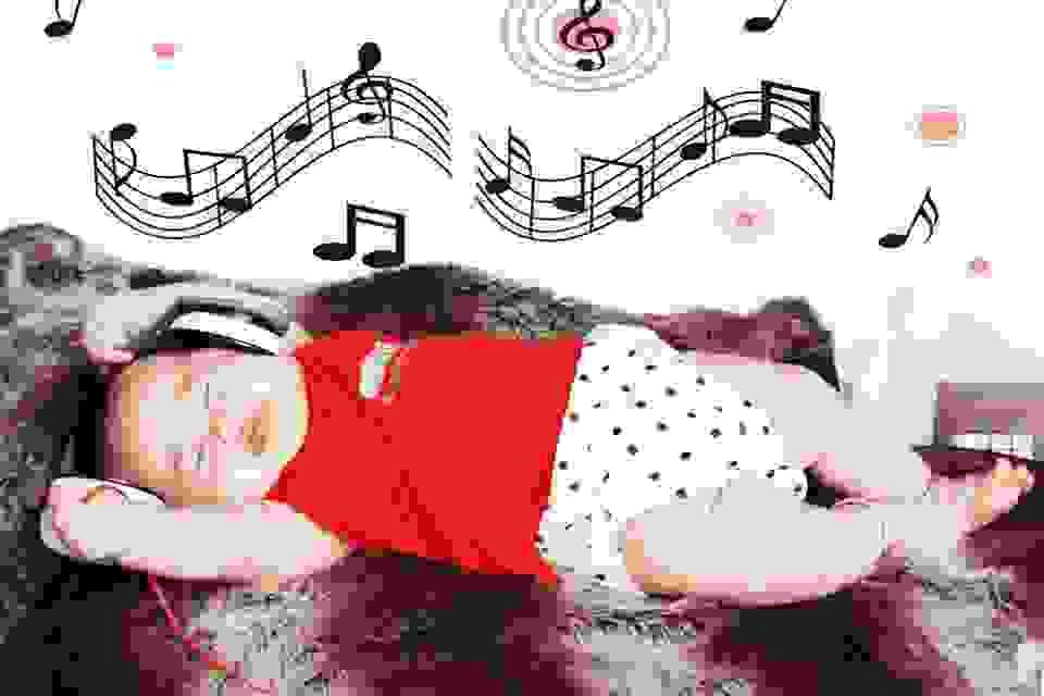 Giải pháp giúp trẻ ngủ ngon, không giật mình và quấy khóc đêm 1