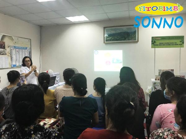 Thạc sĩ Trần Diệu Linh chia sẻ cách chăm sóc bà mẹ và trẻ sơ sinh tại chương trình