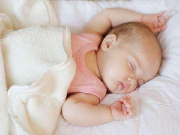 Giấc ngủ của trẻ sơ sinh có gì đặc biệt?